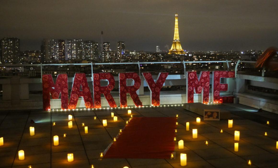 romantic proposal in paris