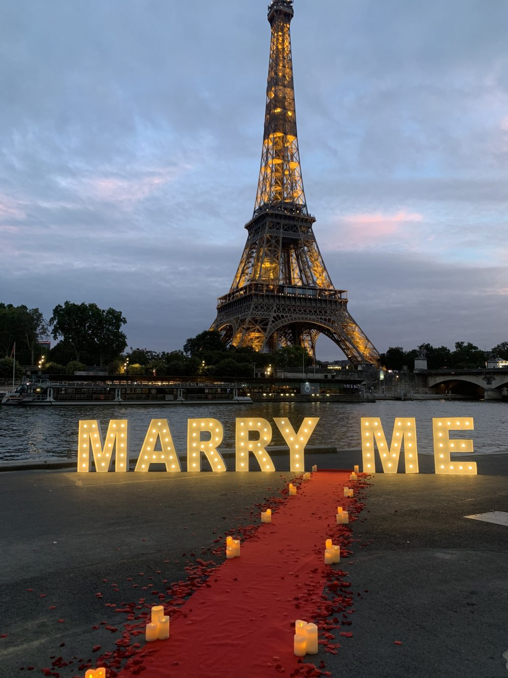 Marry me lettres géantes paris
